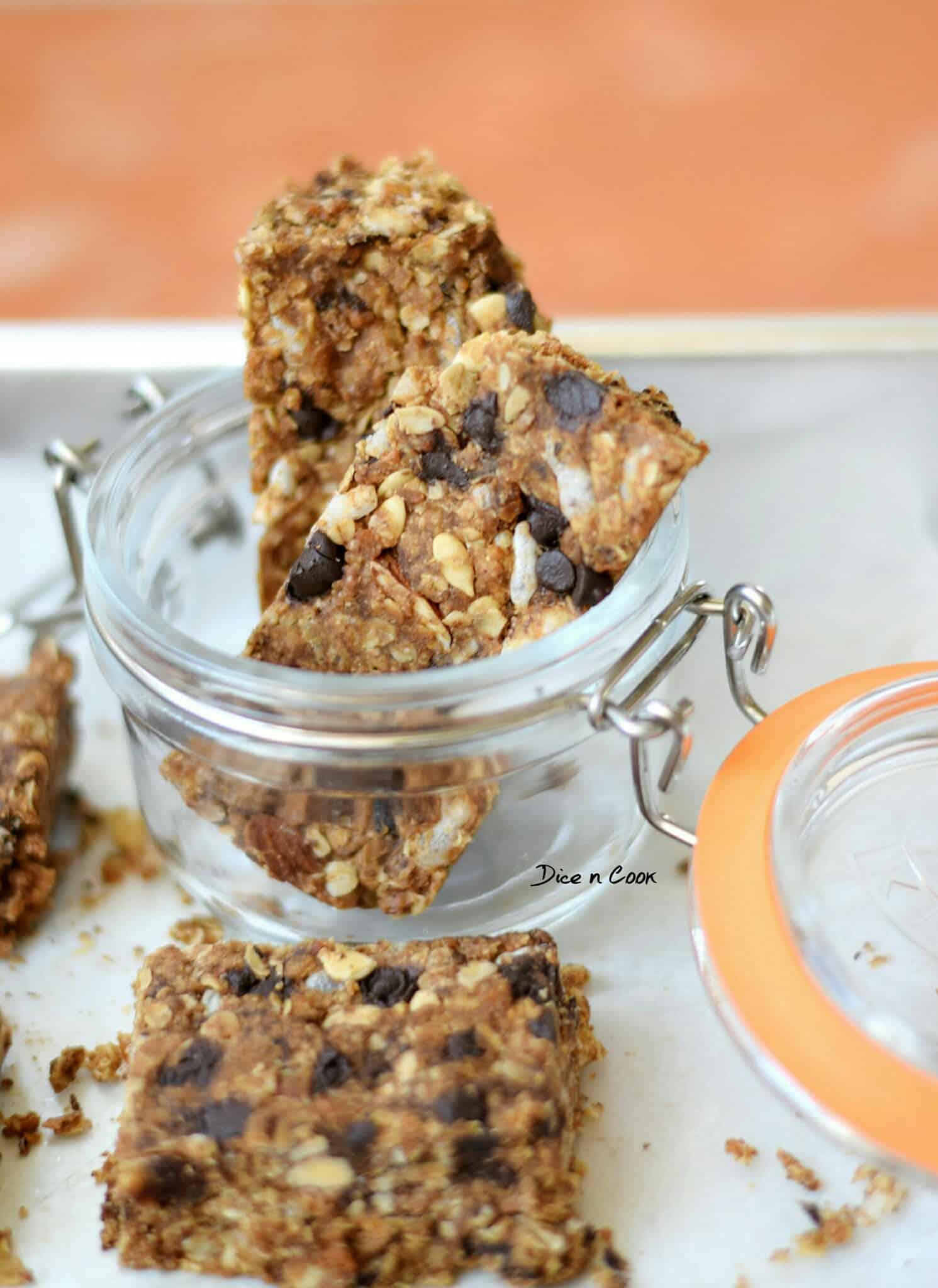 nutmeg-flavored-granola-squares-2