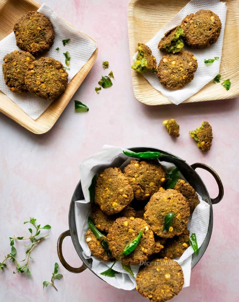 Honagone soppu (Sessile joyweed) masala vada recipe. Easy to make deep fried snacks made of chana dal, honagonne soppu. Glutenfree, dairyfree recipe.  #deepfried #dal #glutenfree #vegan