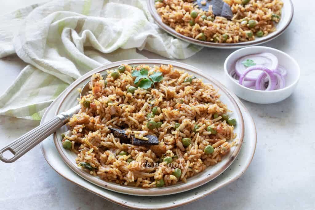 tomato peas rice