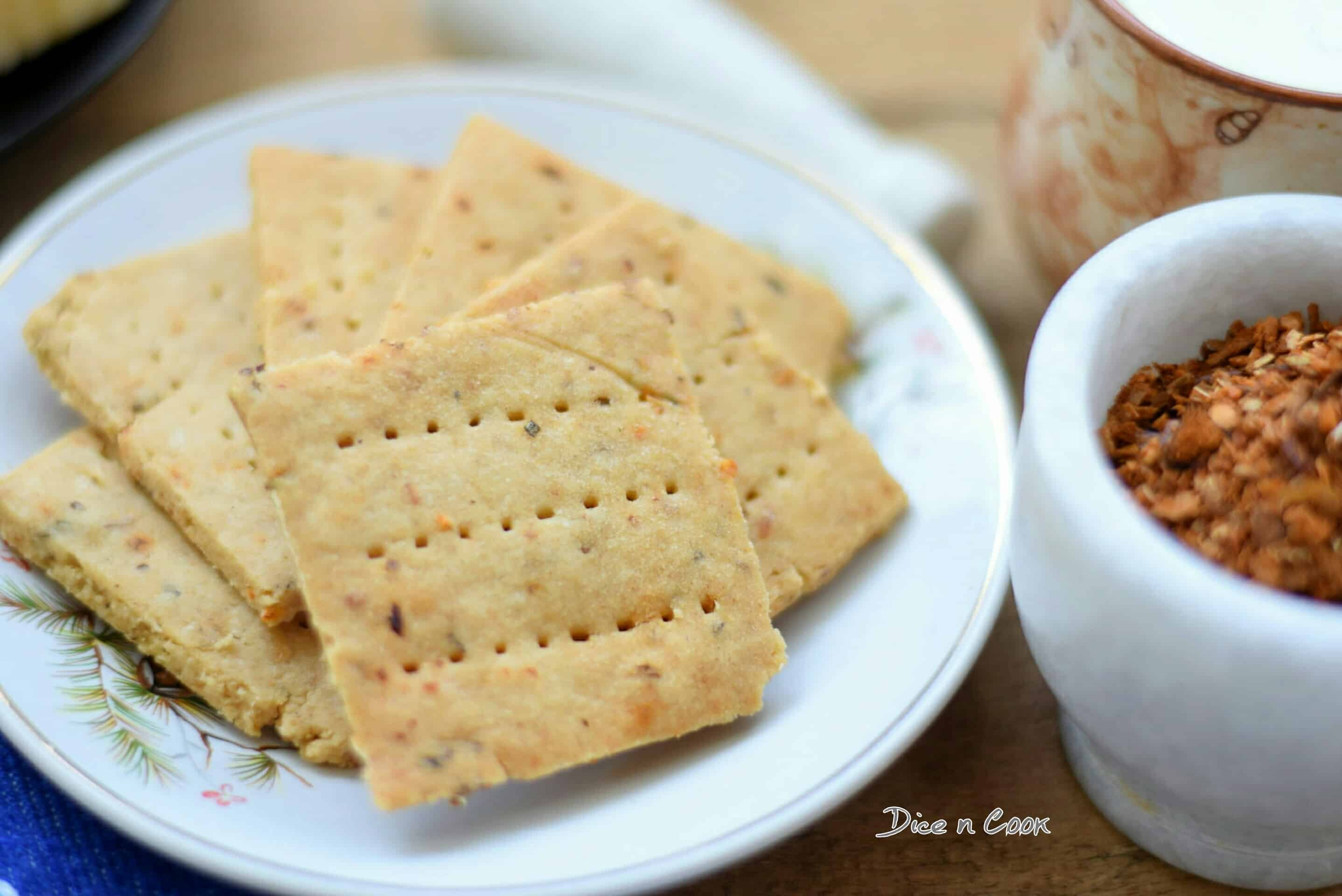 Eggless Cheese Crackers