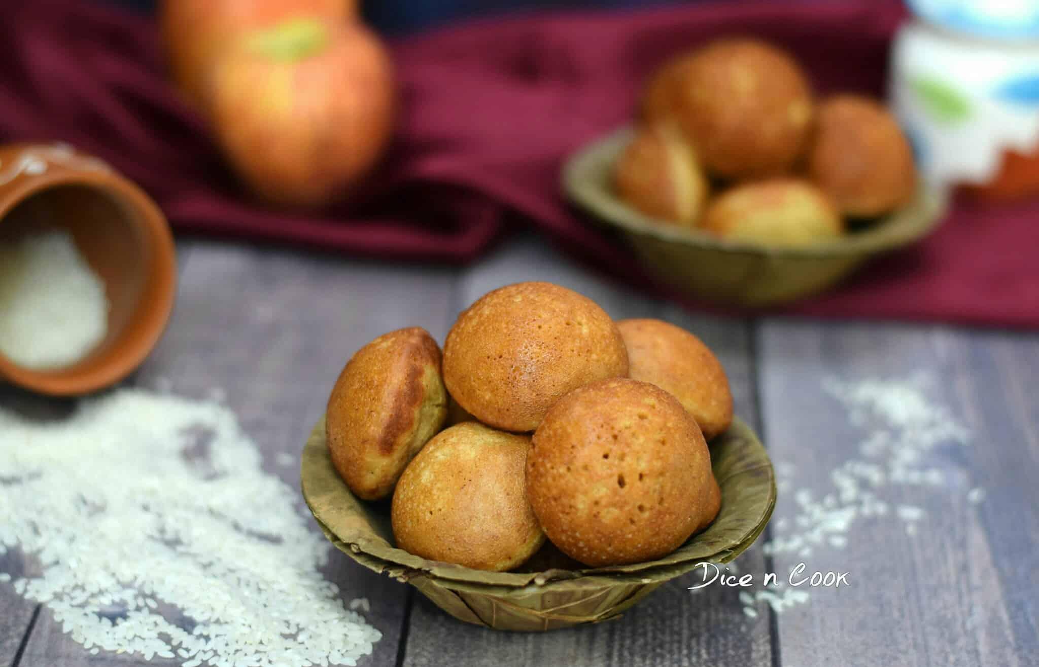 Apple Cinnamon Guliyappa or Appe using Gobindobhog Rice