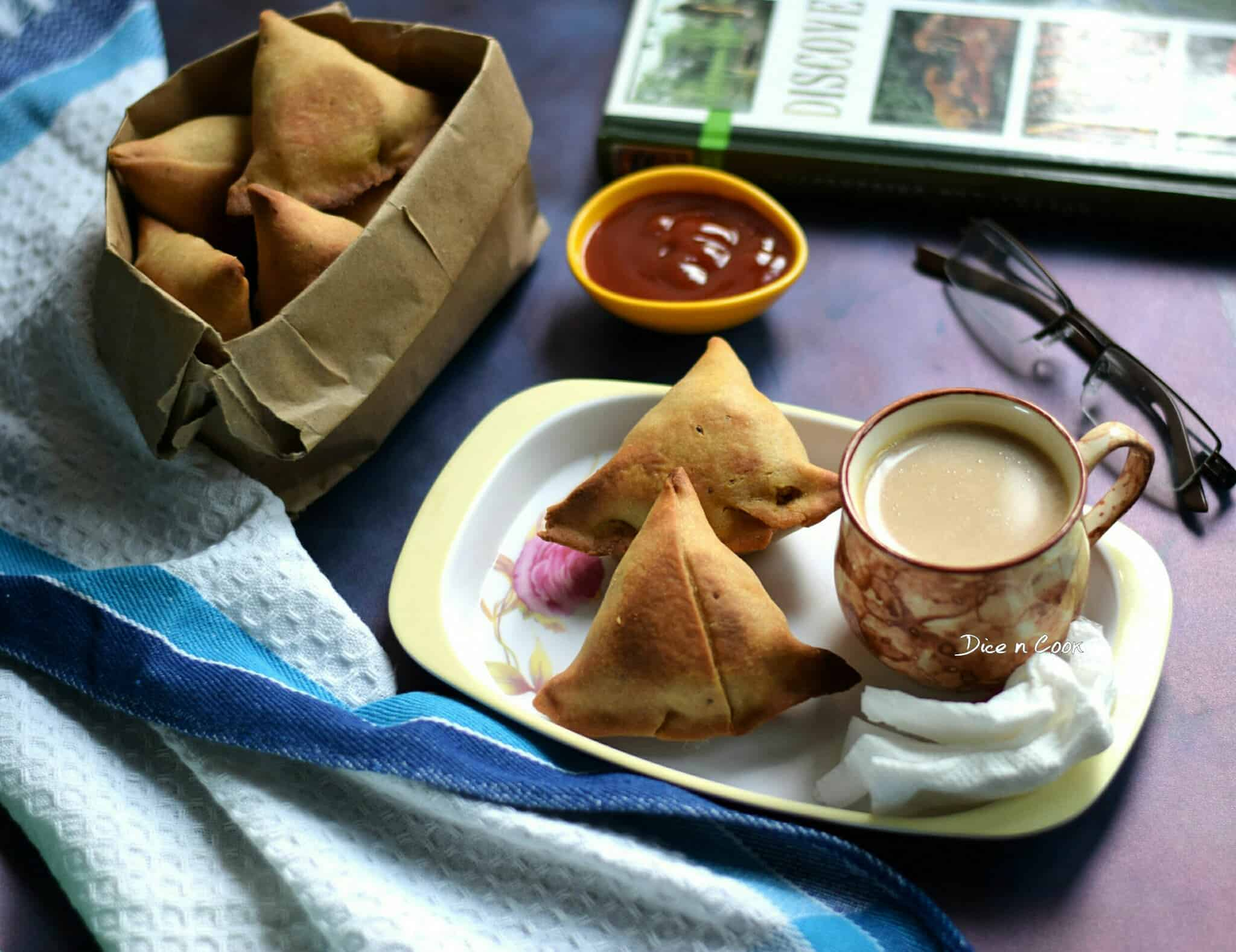 baked-dhansak-flavored-veg samosa